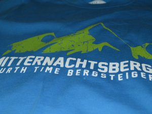 Fourth Time T-Shirt Mitternachtsberg Details